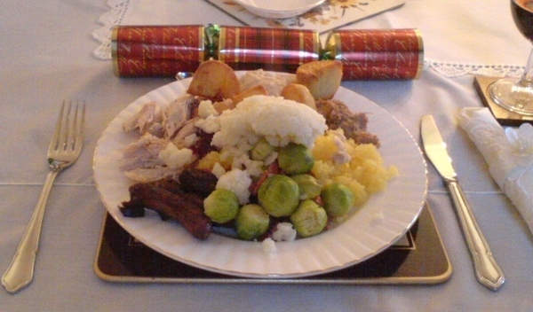 Коледната вечеря по света