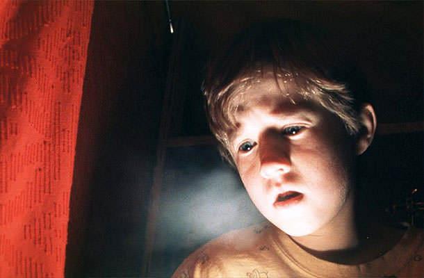 12 зловещи страшни филми, които не трябва да гледате сами