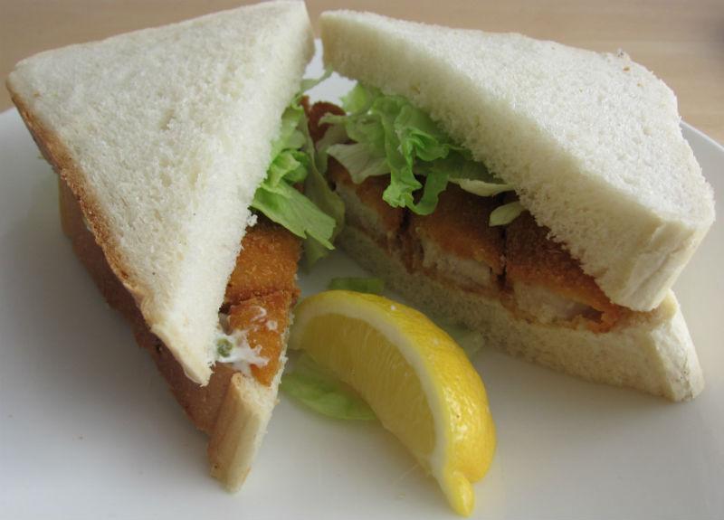 Сандвичи със солени рибки