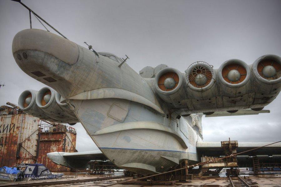 Екраноплан - летящ кораб и подводница
